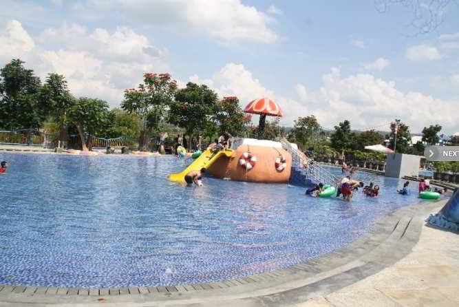 Wahana Kolak Skoci Waterpark Kediri
