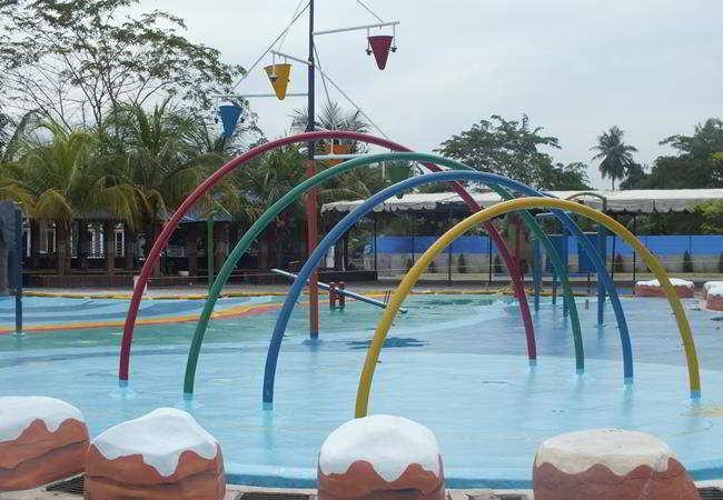 Water Dancing Fountain