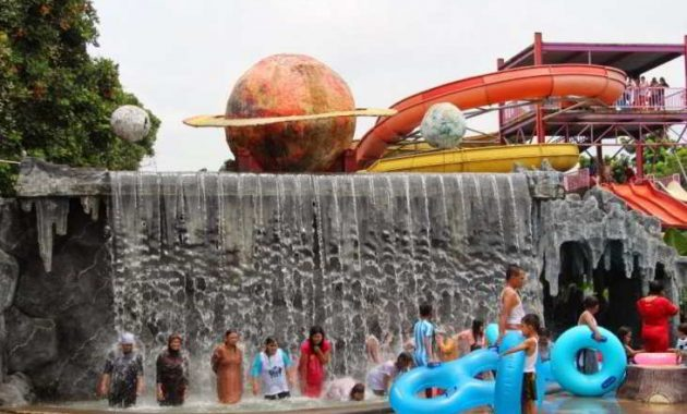 planet waterboom subang