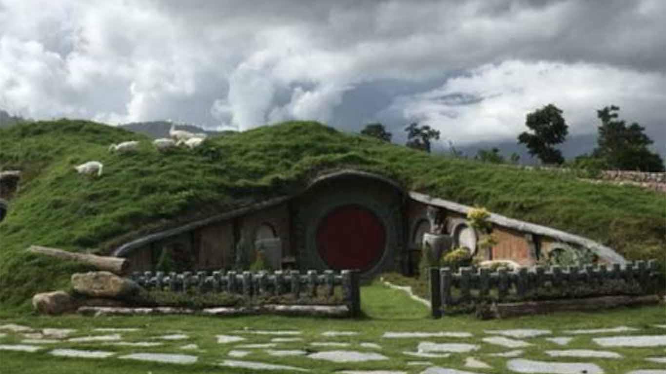 Hobbit Hill Cileungsi