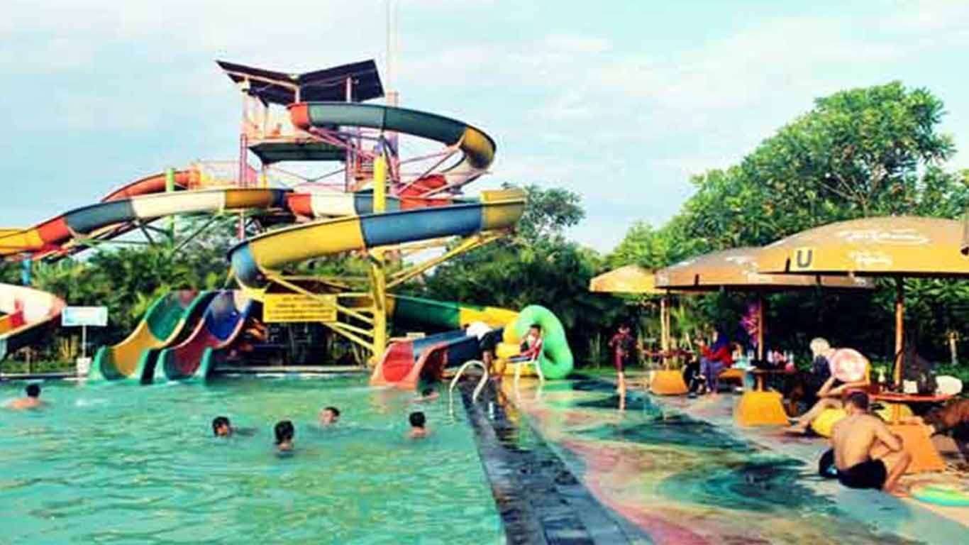 gambar grand puri waterpark
