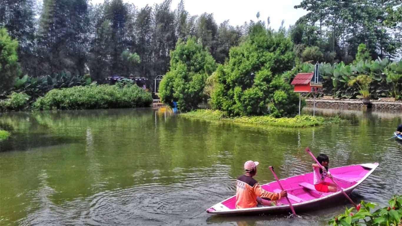 √ Wahana + Harga Tiket Masuk Kampung Tulip Bandung
