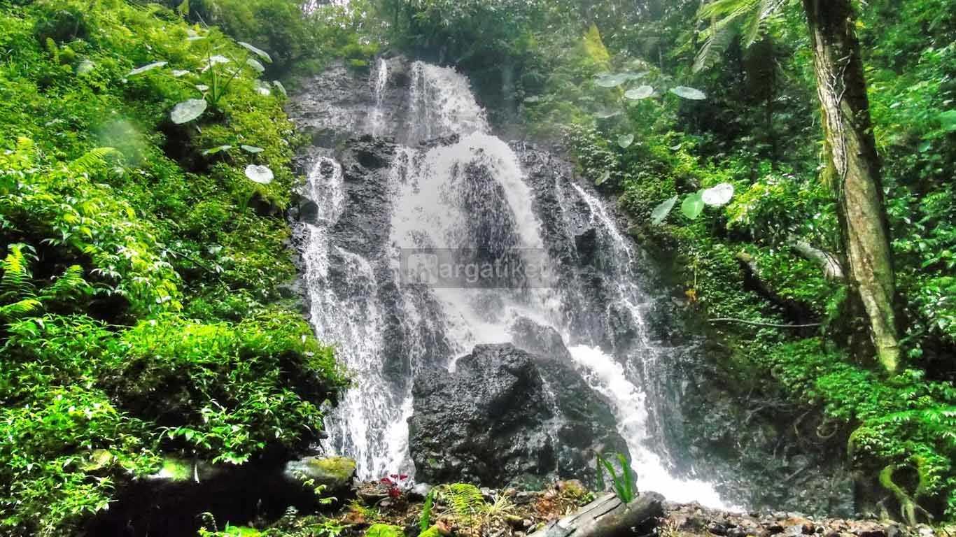 Air Terjun Watu Lumpang