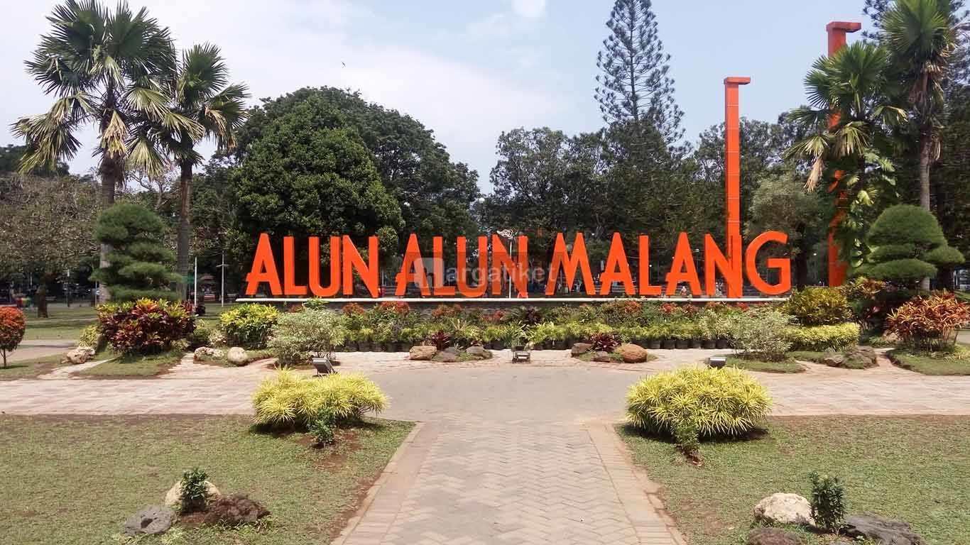 Alun Alun Merdeka Malang