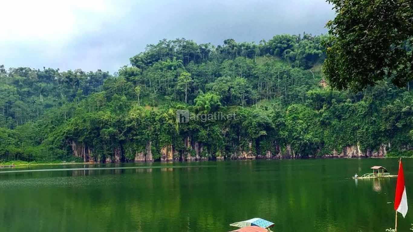 Danau Desa Ranu Agung