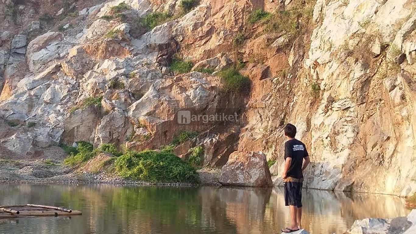 Danau Mandalare