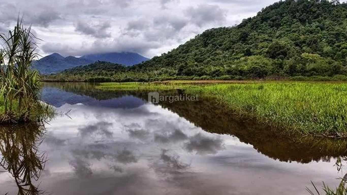 Danau Serantangan