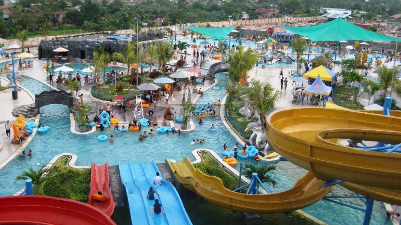 Fun Park Water Boom