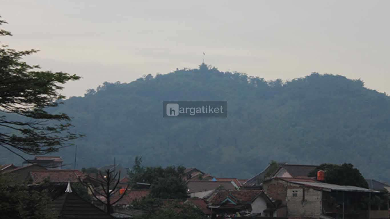 Gunung Bohong