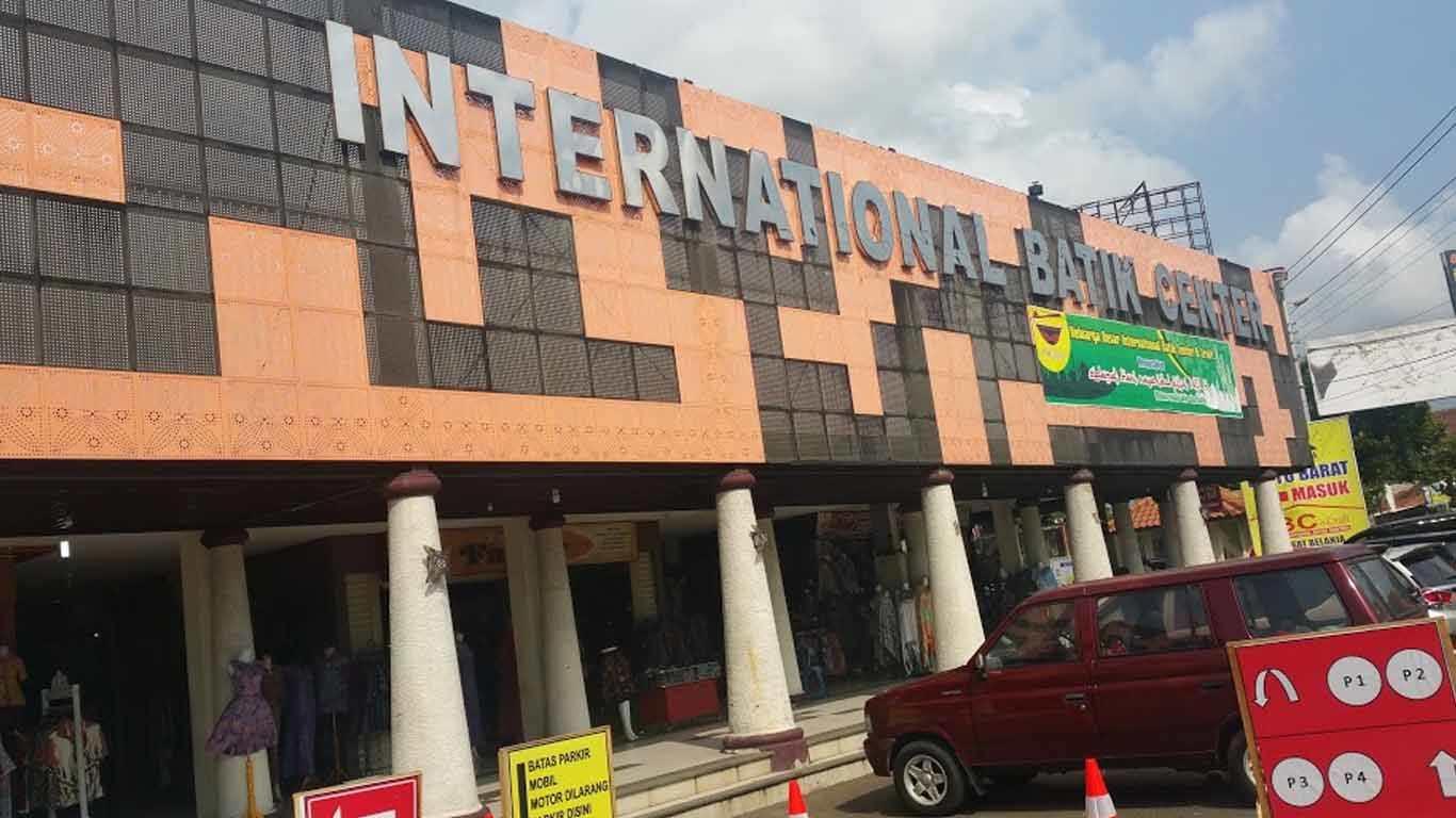 International Batik Center Pusat Belanja Dan Wisata Batik