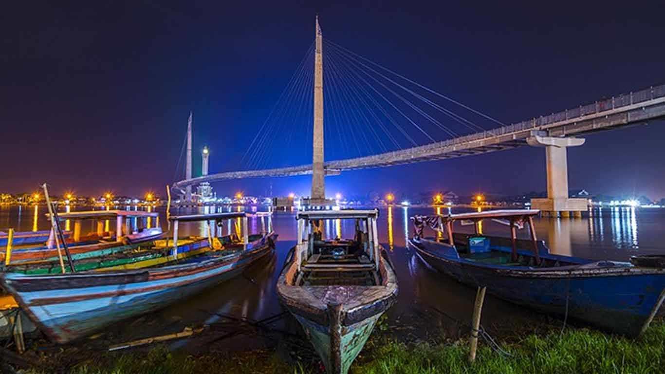 Jembatan Pedestrian Gentala Arasy