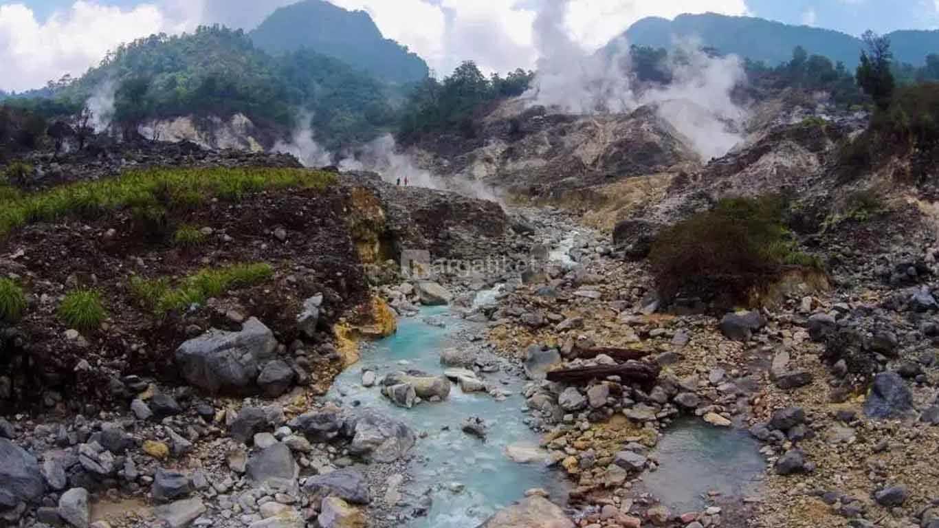 Kawah Ratu Sukabumi