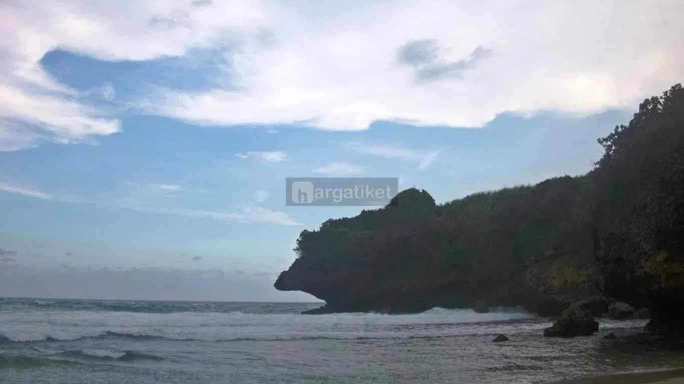 Pantai Selok Dadap