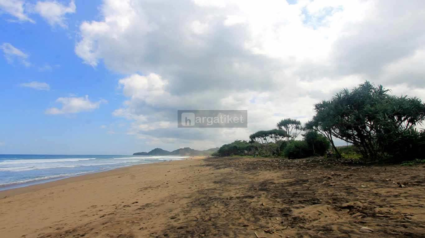 Pantai Wonogoro