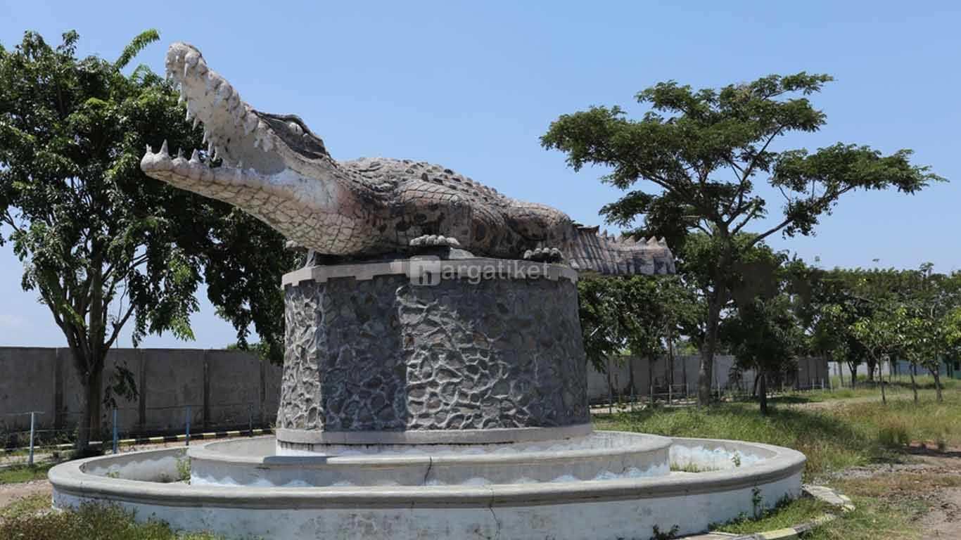 Taman Buaya Tanjung Pasir