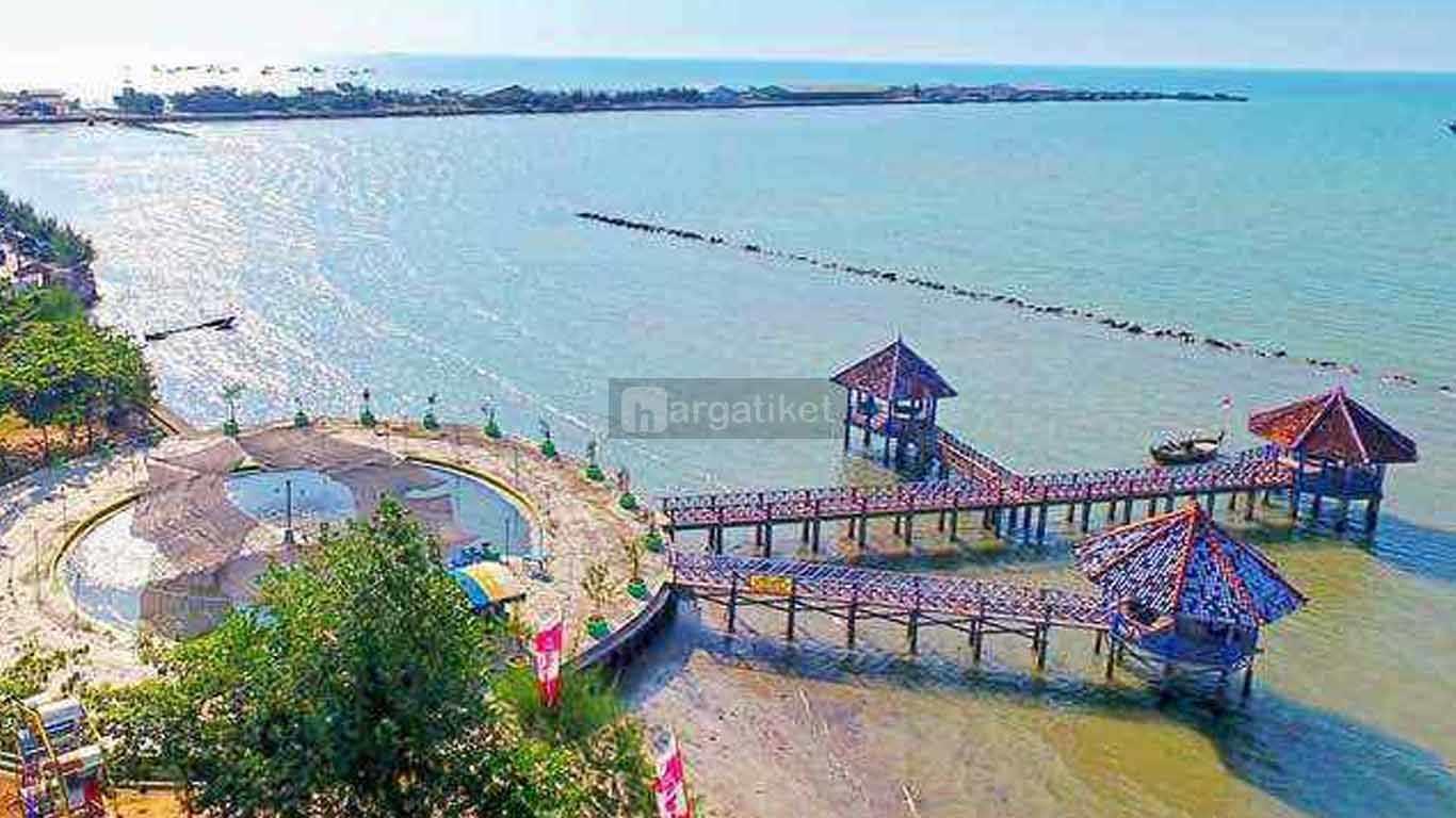 Taman Kartini atau Dampo Awang Beach
