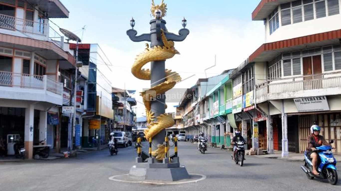 Tugu Naga Singkawang