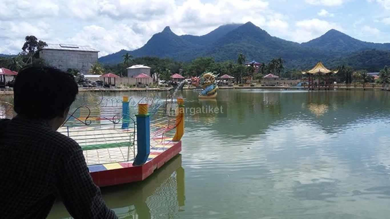 Waterboom Gunung Poteng