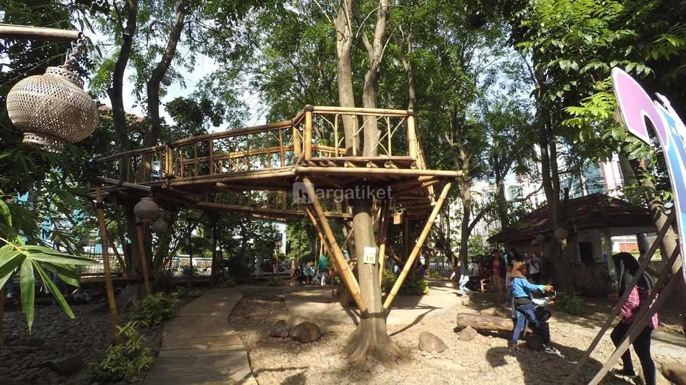 taman bambu (bamboo park)