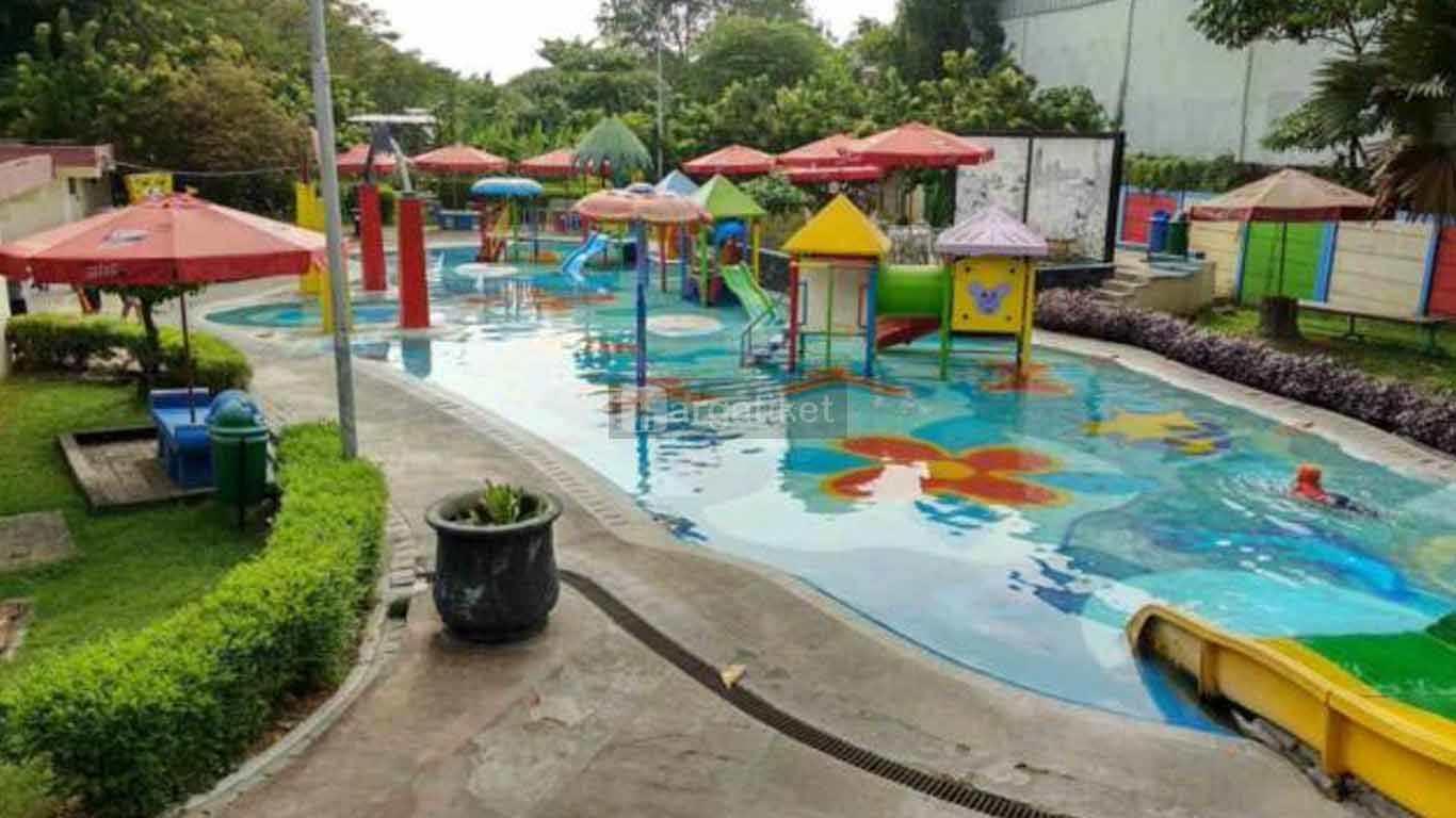 taman wisata tirtoyoso park kediri, jawa timur