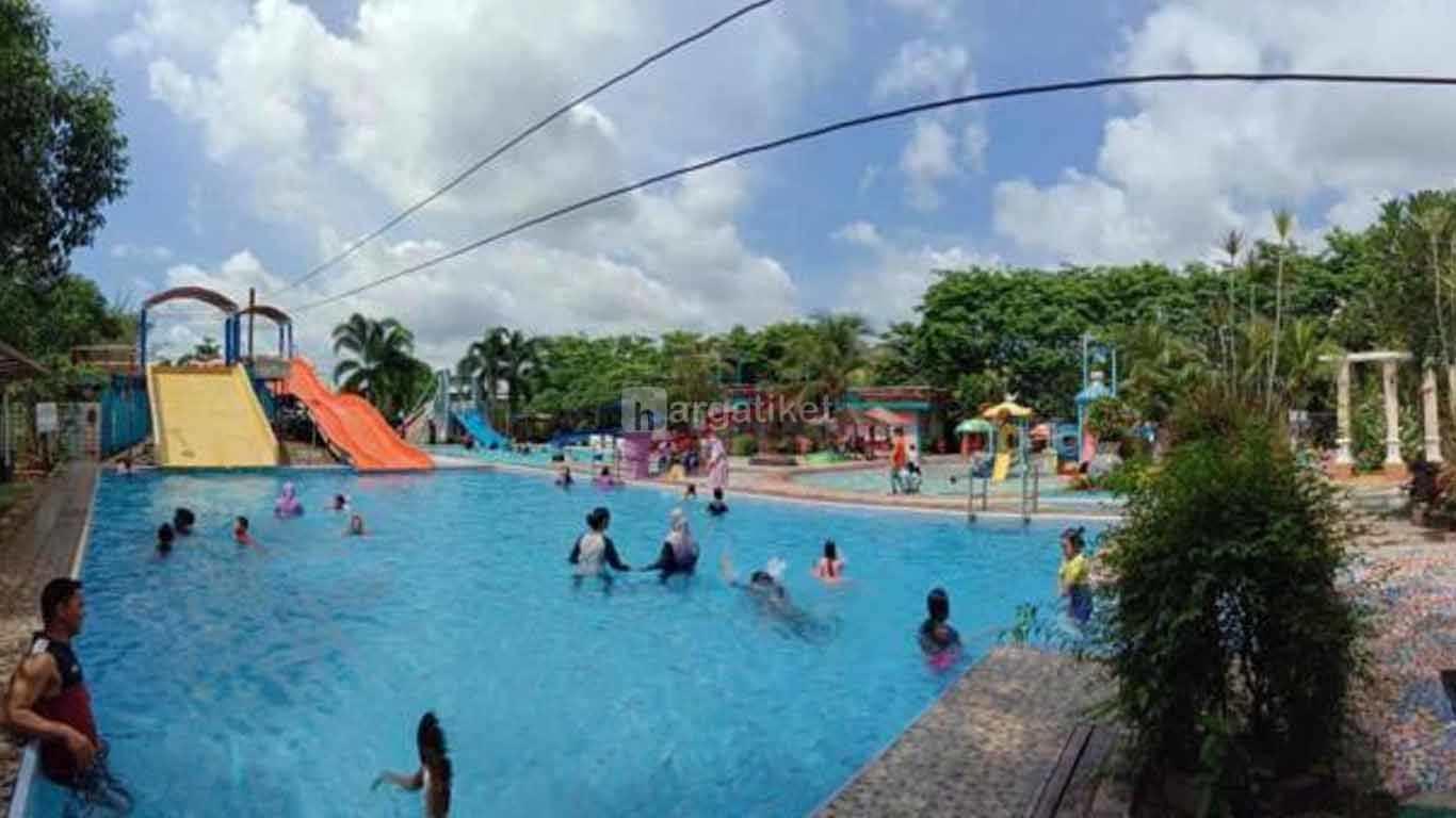 Aquatica Waterpark & Playground