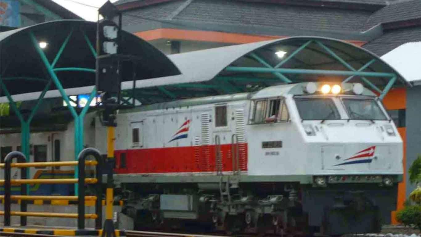 jadwal kereta api menoreh 2019
