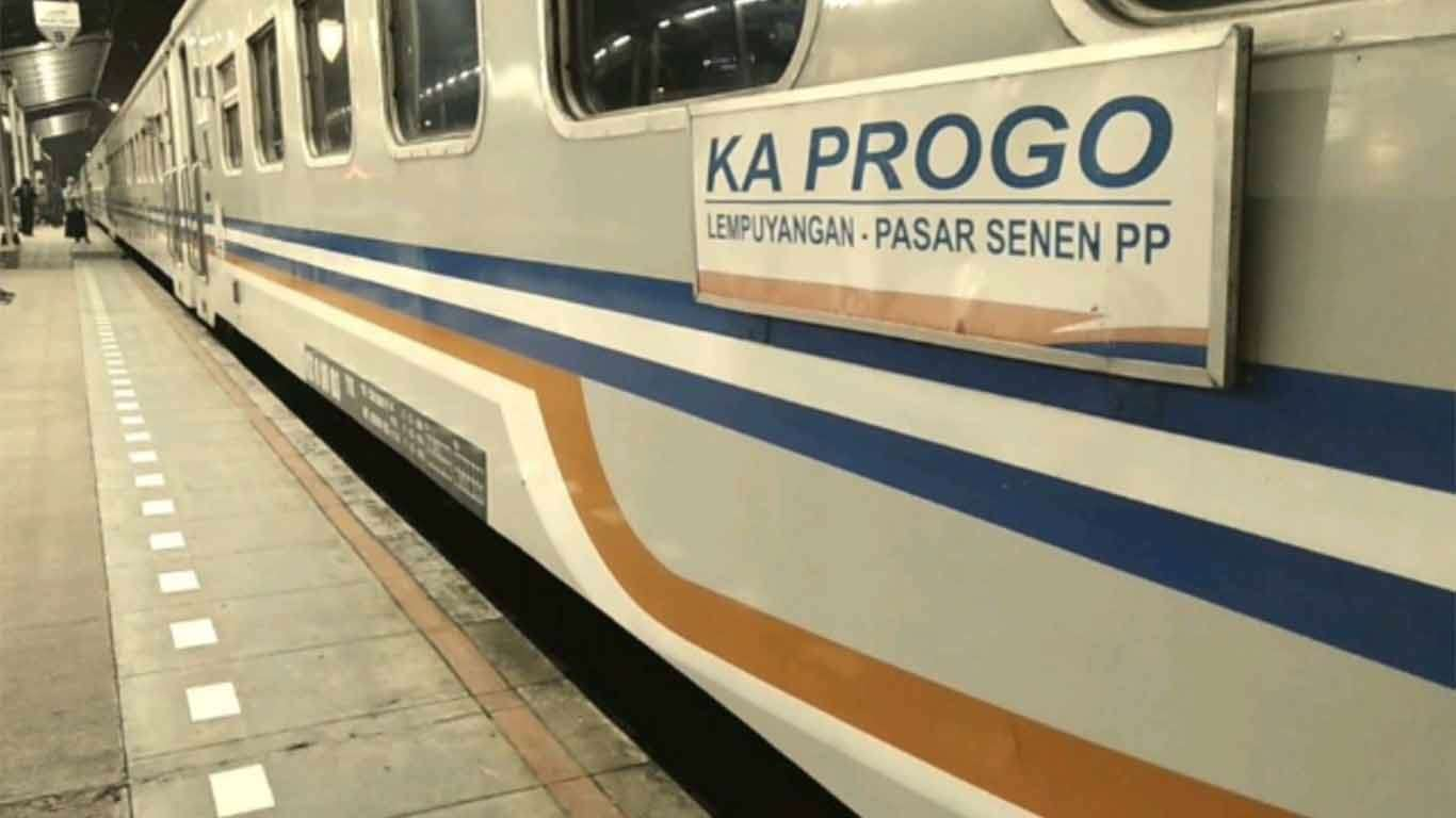 jadwal kereta api progo 2019