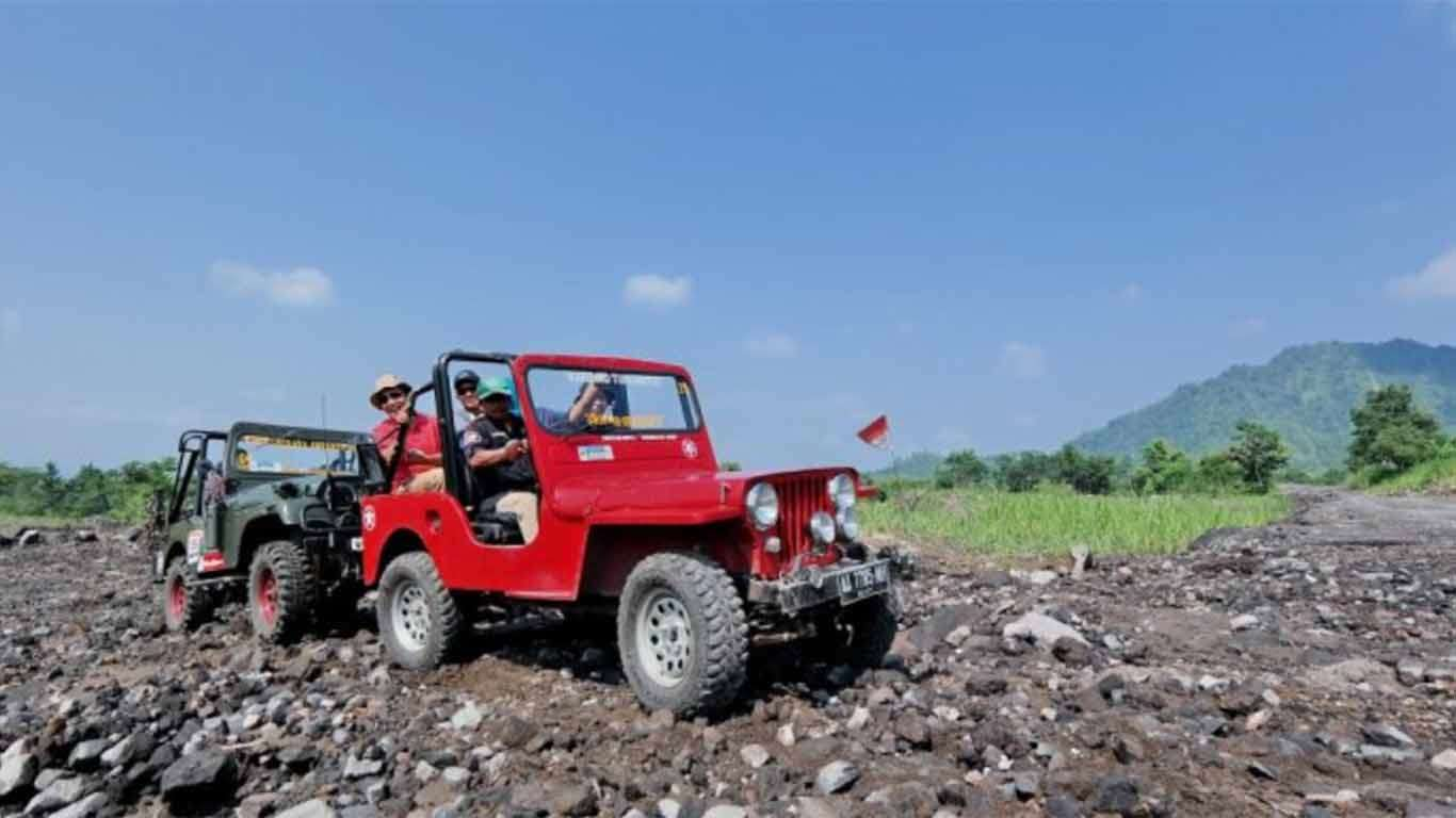 Travel Jakarta Malang