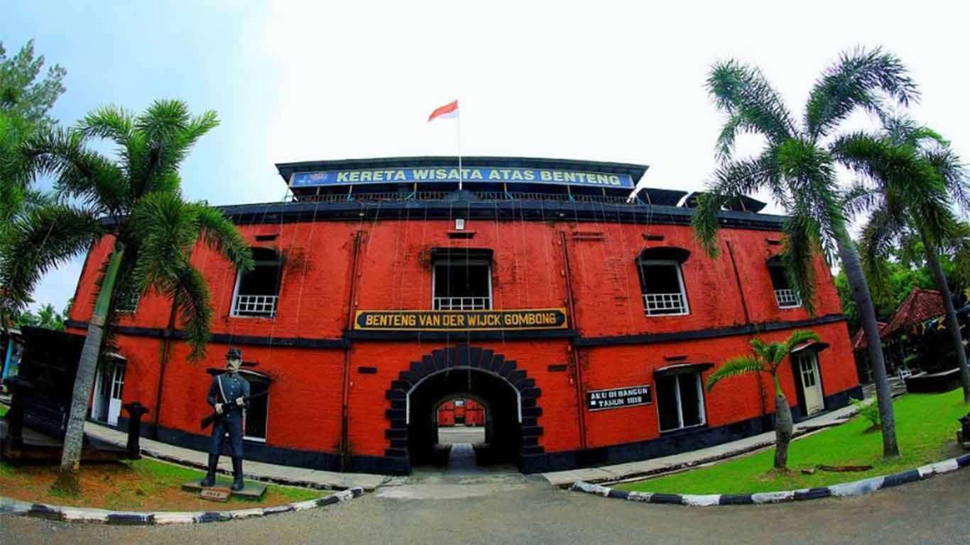 Travel Bandung Gombong