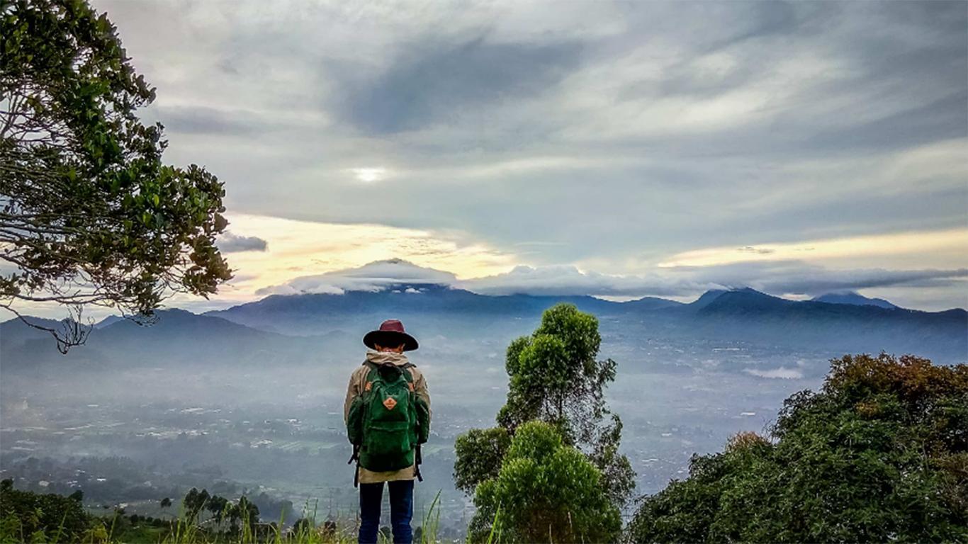 Harga Tiket Masuk Gunung Putri Lembang