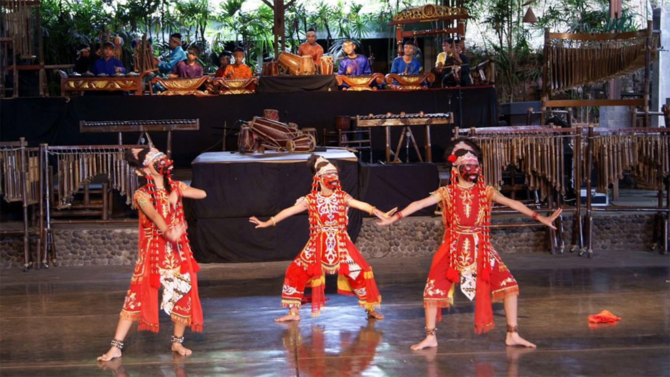 sejarah saung angklung udjo