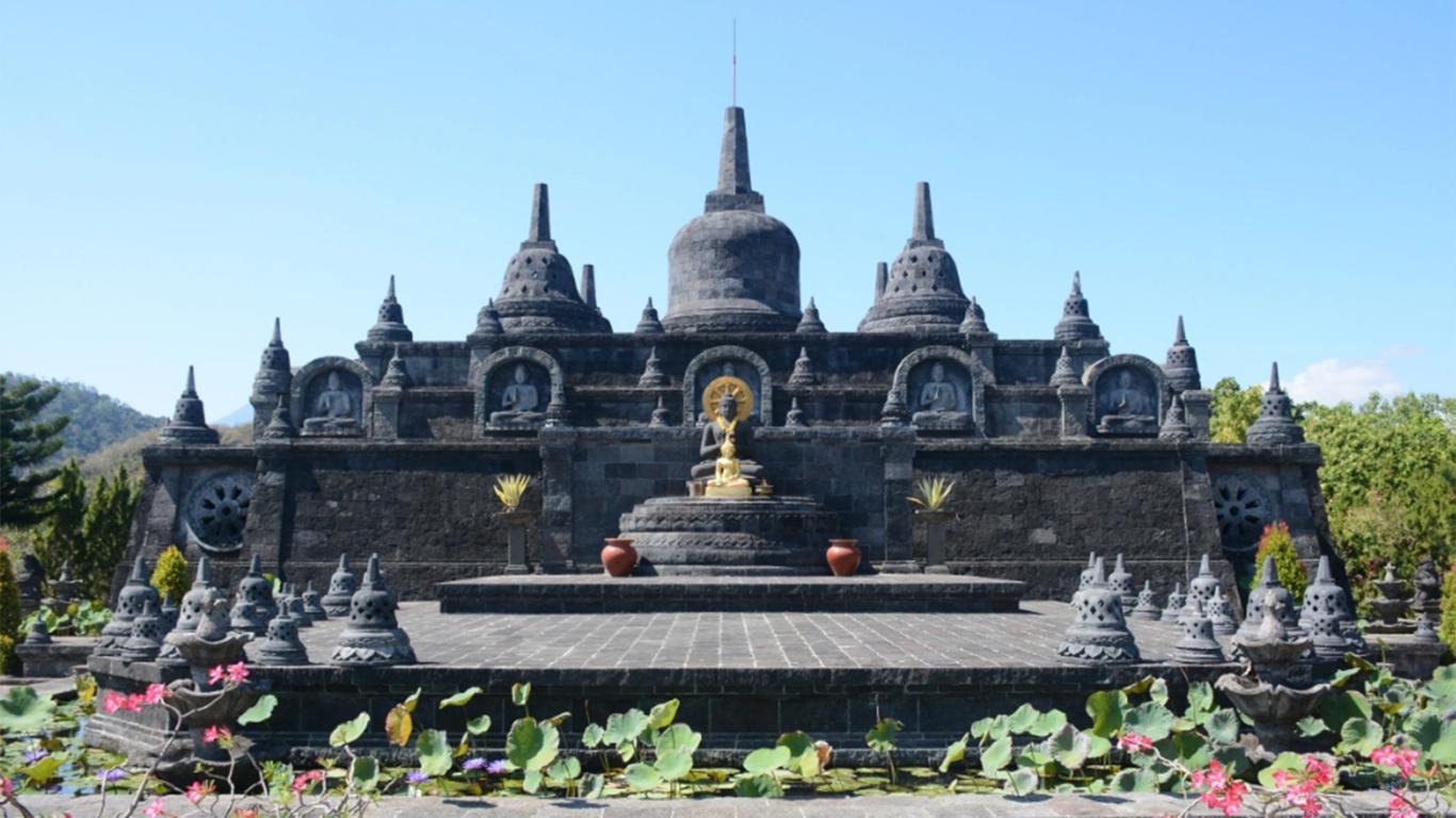 Candi Brahmavihara Arama