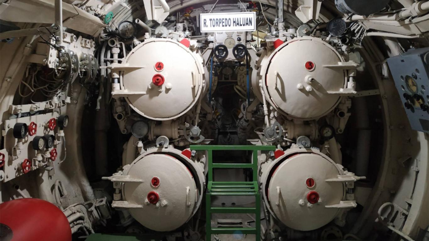 tiket masuk monumen kapal selam surabaya