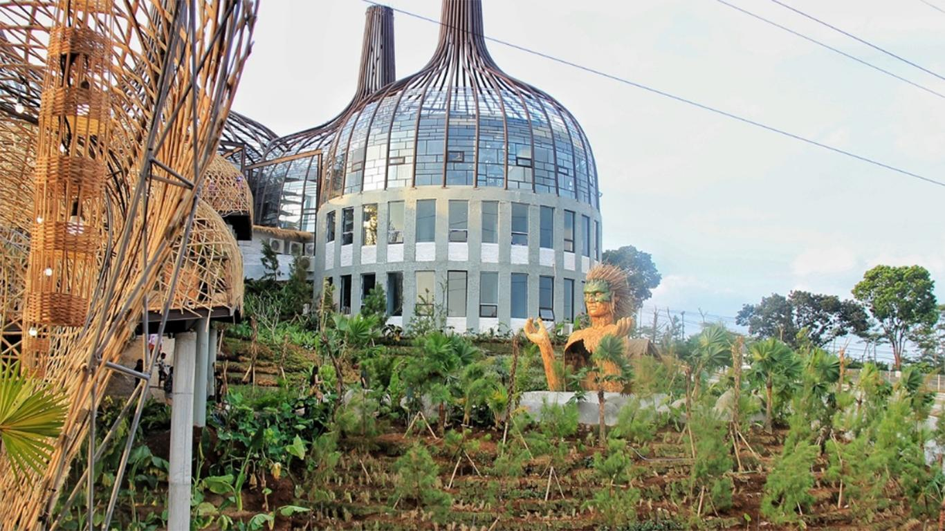 Harga Tiket Dusun Semilir