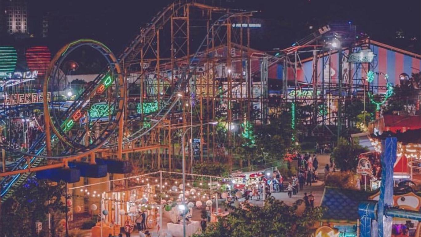 carnival park suroboyo