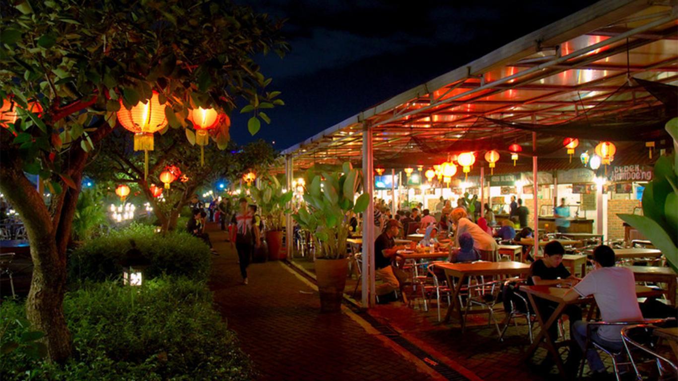 hotel dekat paskal food market bandung
