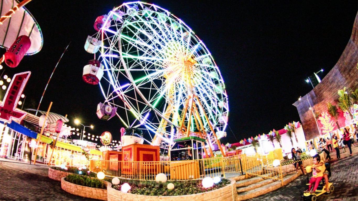 suroboyo carnival park kota sby, jawa timur