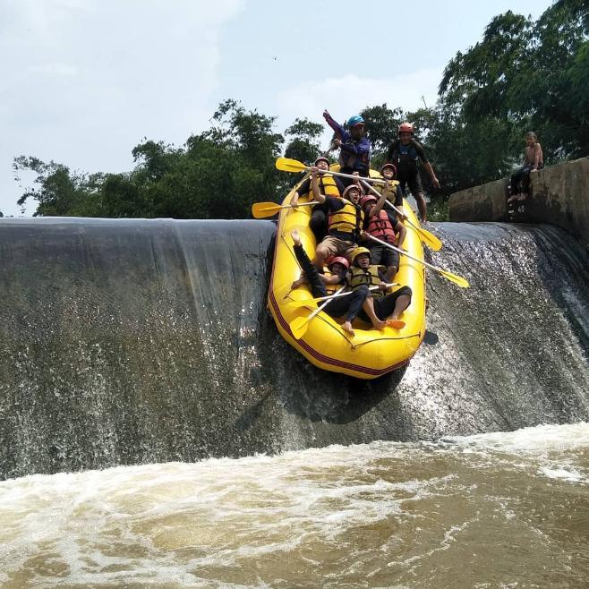 Rafting Cisadane Fasilitas Penginapan Lokasi Harga Paket