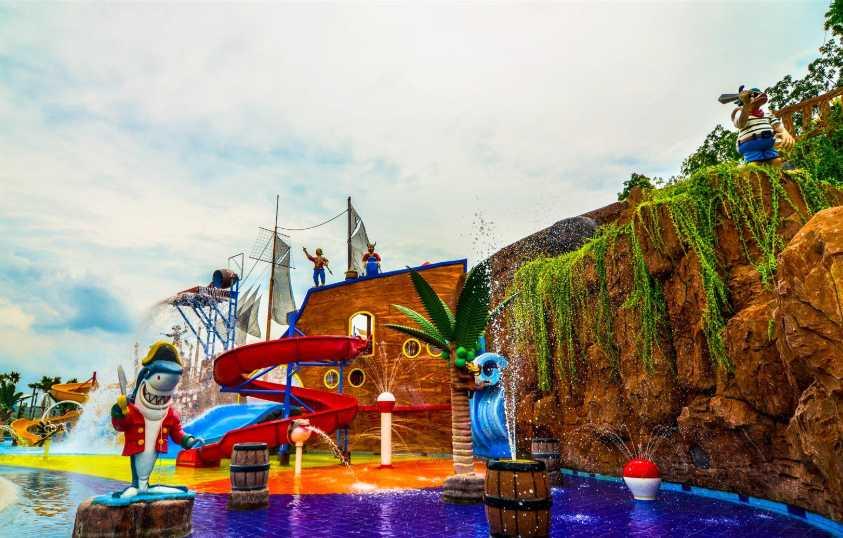 kolam renang anak CitraGrand Mutiara Waterpark