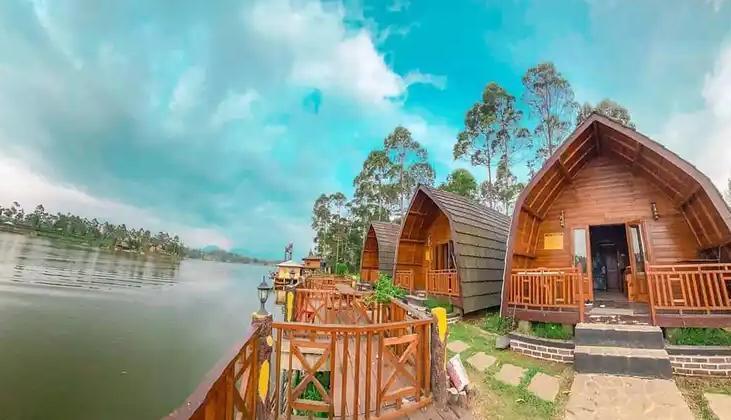 De Bloem Lakeview Villa