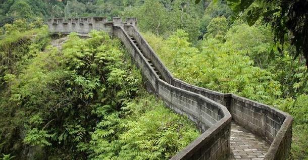The Great Wall of Koto Gadang
