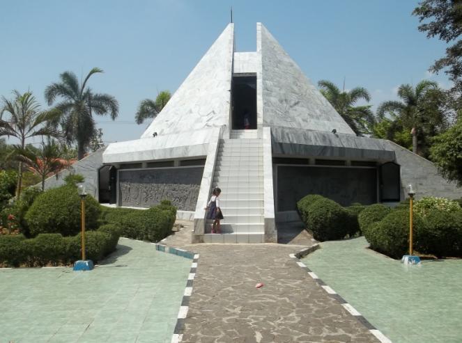 tempat wisata religi di karawang
